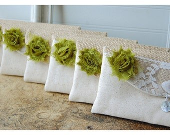 Personalized Bridesmaid Gift Idea burlap lace wedding Bridesmaid Clutch purse Wedding Clutch Bridesmaid Gift bridal clutch shabby chic