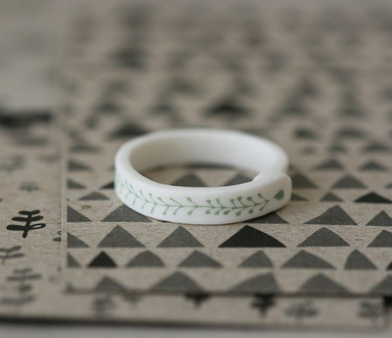 Sprout Ring - Sage - Porcelain Ring