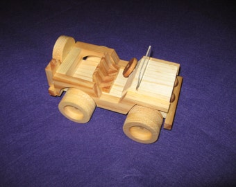 Wood toy jeep