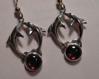 Dolphin Grnet  Sterling Silver  earrings  ...       e410