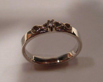 Silver , Gold and Diamond band ......      made in your size...............     Kiss of Love ..............    e425