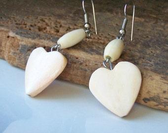 REDUCED Heart Earrings, 80s- 90s Earrings, Faux Wood Earrings, Cream Colored Earrings, Dangle Earrings, Etsy, Etsy Jewelry