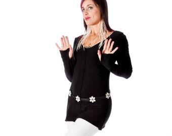 Yoga Tunic Top, Dancewear,  THUMBELINA TUNIC, Womens clothing, maternity top, thumbhole in sleeves