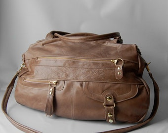 Ready to ship - XL travel bag/carry-on luggage  bag in taupe