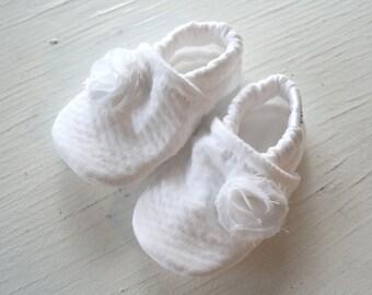 Baby Girl Booties toddler infant newborn slippers shoes WHITE Seersucker Flower Christening Baptism non slip soft soled SWAG