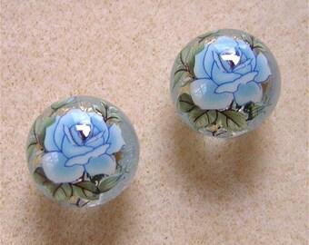 New Pair Beautiful Japanese TENSHA  Beads Single BLUE Rose on CLEAR 12mm