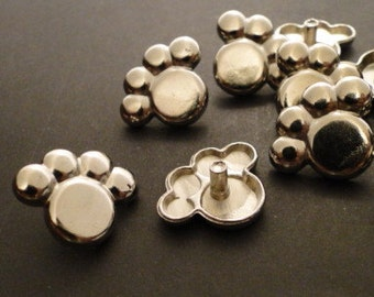 RIVETS - PUPPY PAW PRiNt Snap Rivets - 18mm - QUANTiTy 8 - use with leather bracelets and rectangle bracelet blanks