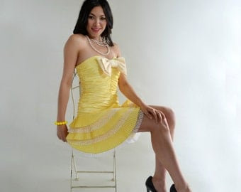 Vintage Betsey Johnson Party Dress Strapless Canary Yellow Pleated Bow Prom S