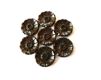 Vintage buttons, 6 plastic buttons, brown with rays ornaments, looks like flower, 21mm
