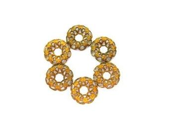 10 VINTAGE flower beads, metal lace design 12mm