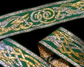 5ft+ CELTIC DOG Jacquard trim in silver, gold on emerald green. 1 1/4 inch wide. 701-D