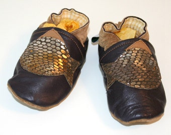 OOAK Recycled Brown Leather Crib Shoes Soft Baby Shoes Moccasins with Appliqued Fish Size 9 to 12 months