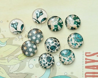 10pcs assorted green flower round clear glass dome cabochons  / Wooden earring stud12mm (12-9813)