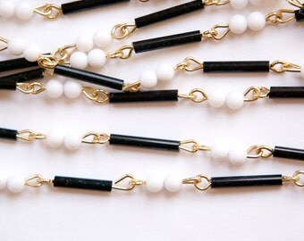 Vintage Black White Mixed Glass and Plastic Beaded Chain Gold Links Japan chn072A
