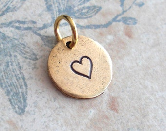 Classic Heart .. Mini Disc, Little Charm .. Customize Name Monograms Initials, Cute, Sweetheart .. silver, copper or gold plate .. Gift tag