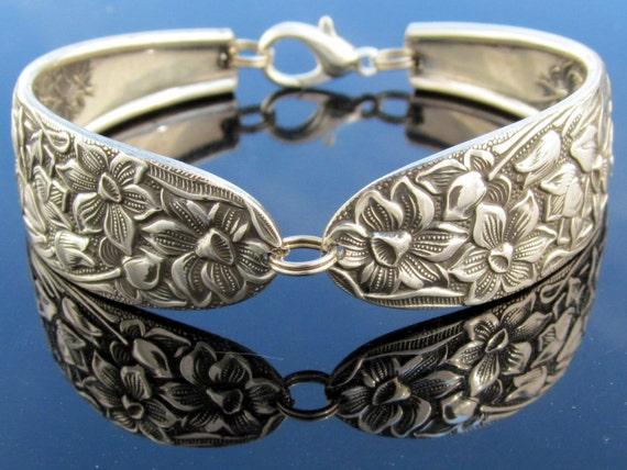 Spoon Bracelet (Small) Narcissus Daffodil Pattern
