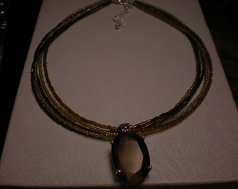 PREMIER DESIGNS  SOLANO seed bead necklace with faceted glass slide retired