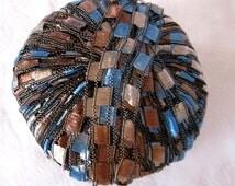 Berlini Ladder Ribbon Yarn Maxi,  trellis yarn, blue tan black yarn, BLUE SADDLE 60