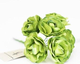 18 Apple green paper flowers