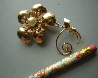 Signed Coro 40s Brooch Pin - Vintage Goldtone Floral Sprig with Rhinestones & Faux Pearl - large