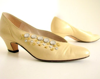 Vintage 1980's Pale Gold Leather Studded Shoes, Size 5 M