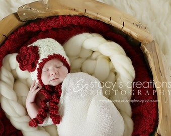 Crochet Baby Girl Hat, Crochet Baby Bonnet, Baby Flower Hat, Crochet Baby Hat, Newborn Hat, Infant Baby Bonnet, Photo Prop, Scarlet