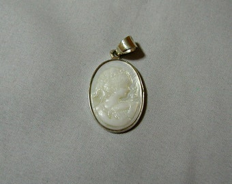 Cameo White Mother of Pearl Sterling Silver Pendant