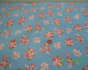Vintage Cotton Quilt Fabric Pink & Rose Flowers on Blue