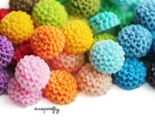 20pc mini chrysanthemum resin flower cabochons / 15mm / 26 colors / great for making hairpins, earrings and rings