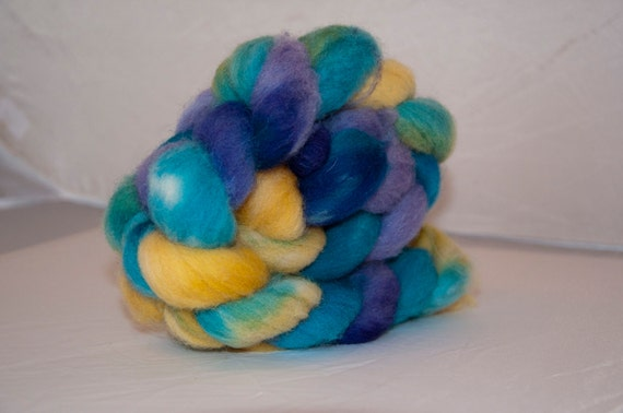 108g Handpainted Southdown Roving in Spring Days Colourway