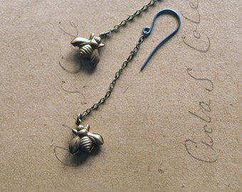 Bee Earrings, Vintage Honey Bee Jewelry, Spring Fashion,