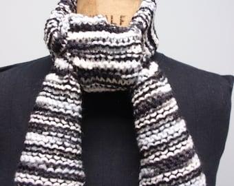 Zebra Pattern Knit Scarf