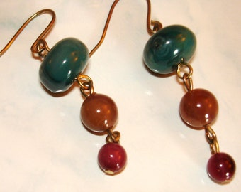 vintage dark green and deep red beaded dangle earrings