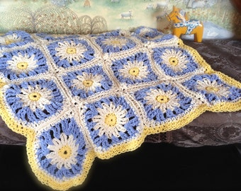 Daisy a Day Granny Square Carseat Baby Blanket Pattern, or Placemats or Coasters