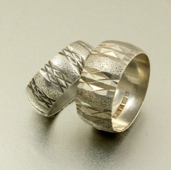 vintage pair of wedding bands set of two rings by