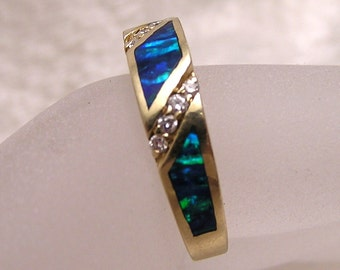 Vintage 14K Opal and Diamond Ring Blue and Green Opal J150