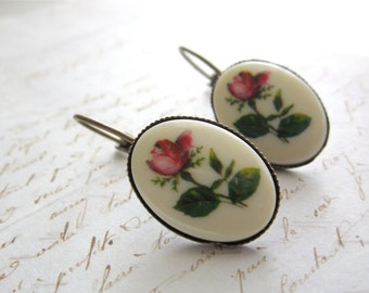Vintage Eleanor Rose - Cameo Earrings No1