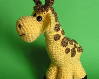 PDF CROCHET PATTERN Pudgy Giraffe