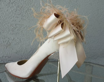 Four Bows, Bridal Party Wedding Cream And Nude Satin Ribbon And Feather Shoe Clips Set Of Two