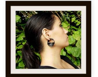 Fake Gauge Earrings ,Organic Black Horn, Split Gauge Earrings Fancy ,hand made,tribal style,swan earrings