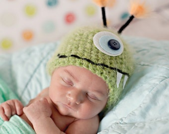 Baby Hat, Green Monster Newborn Baby Hat, Photography Prop, Baby Photo Prop, Little Monster