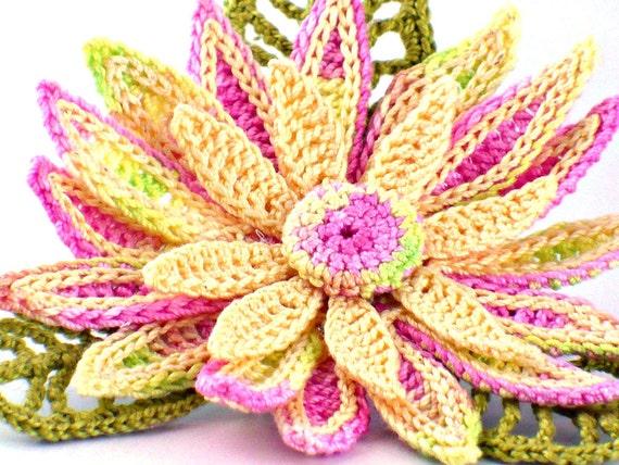 Crochet Brooch Fiber Brooch Irish Crochet Pin Daisy Brooch  Pink Yellow Chartreuse Green Crochet Flower Pin Crochet Flower Brooch