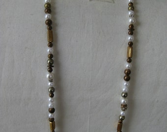 Gold Pearl Rhinestone Necklace Vintage