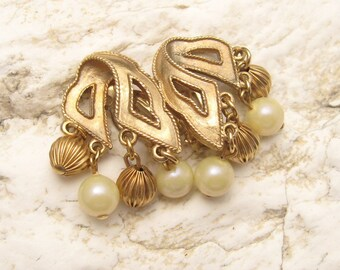 Vintage Pearl Earrings Fluted Beads Dangly Jewelry E5091
