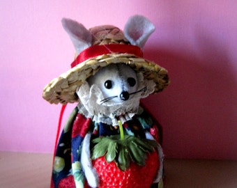 Felt Mouse Holding a Strawberry