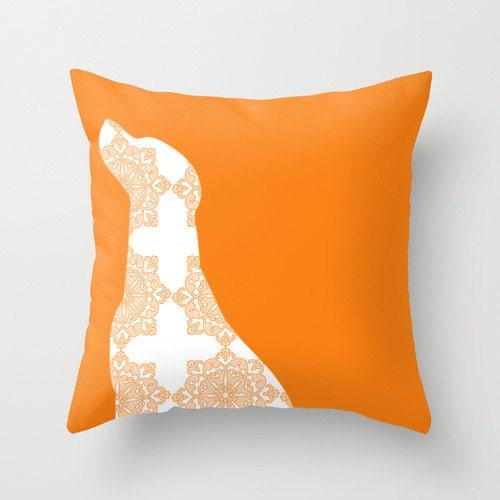 Throw Pillows Dogs : Labrador Dog on Throw Pillow 18 x 18 damask