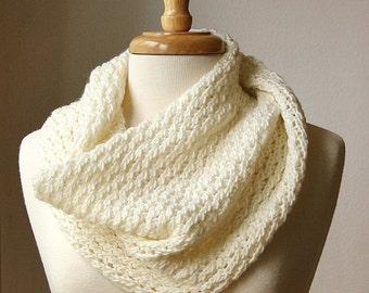 KNITTING Pattern / Chunky Cowl Knitting Pattern / Scarf DIY Tutorial / Circle Infinity Scarf Knitting Pattern PDF Download, Hygge
