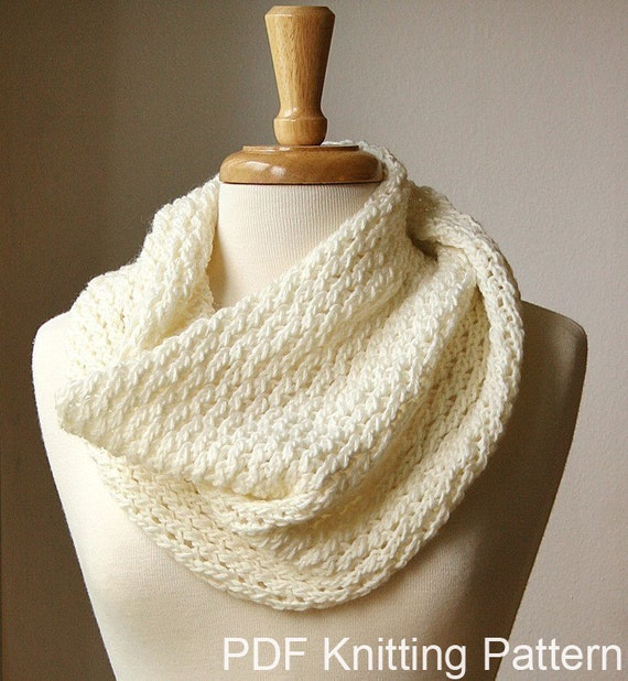 KNITTING Pattern / Chunky Cowl Knitting Pattern / Scarf DIY Tutorial / Circle Infinity Scarf Knitting Pattern PDF Download