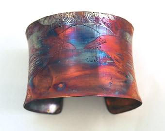 Etched Copper Cuff  Bracelet - Raven design - large anticlastic cuff