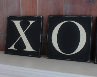 XOXO Wood Sign